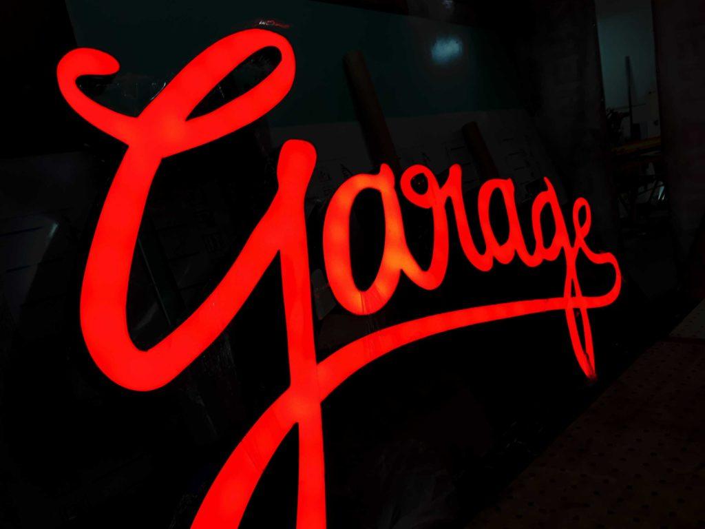 Bar Garage - szyldy reklamy